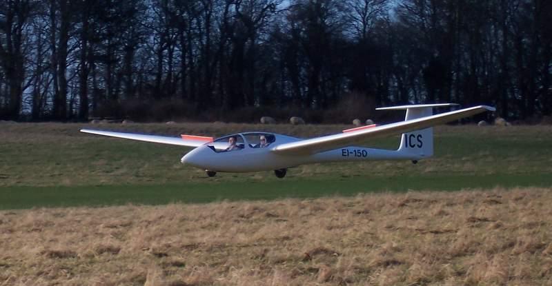 EI-GLA (EI-150) landing